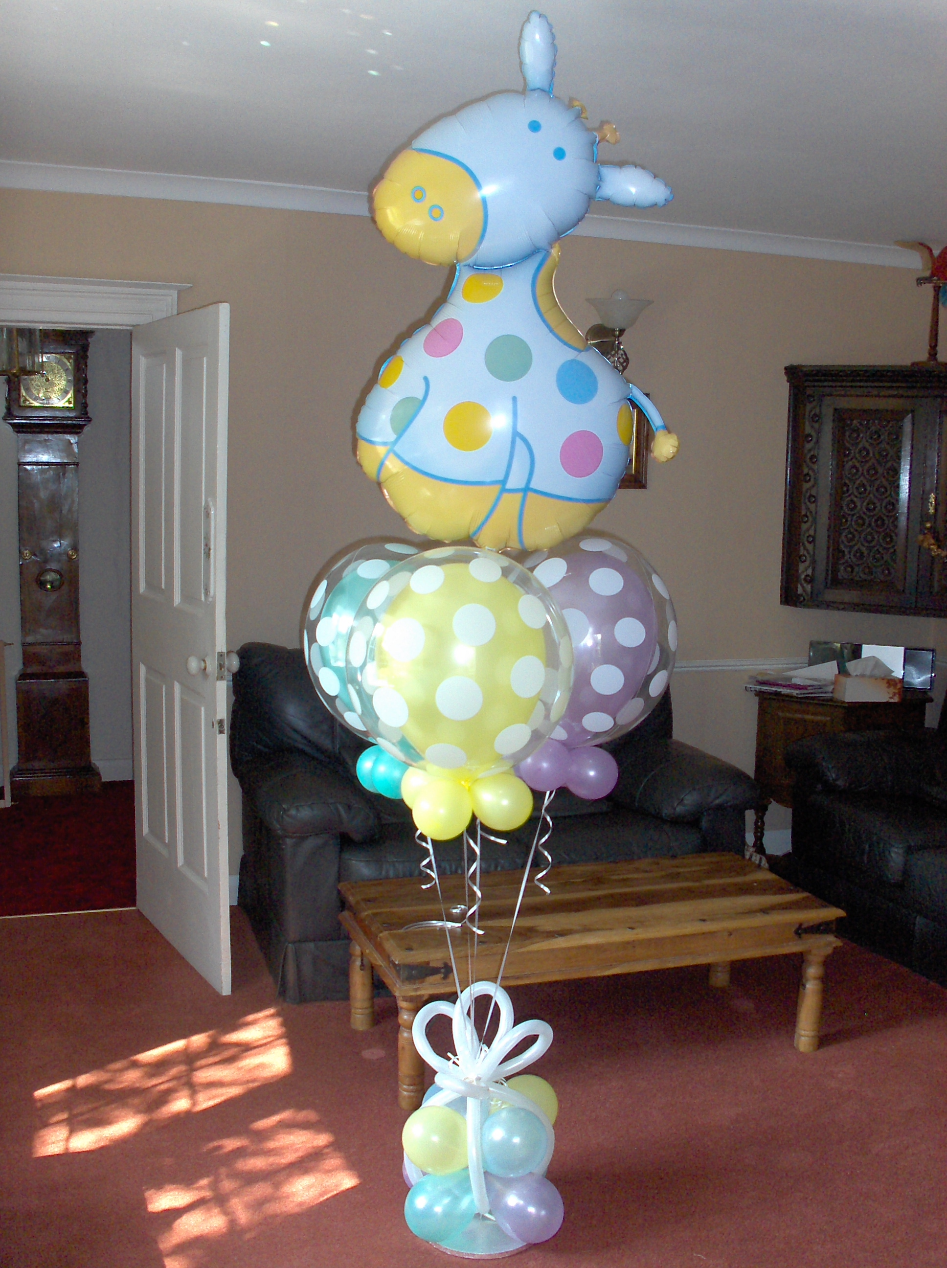 Baby shower balloon decoration ideas for Balloon decoration centerpieces